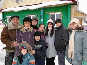 Теплый дом или Зачем снеговику кофточка