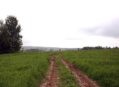 Близок локоток земельный
