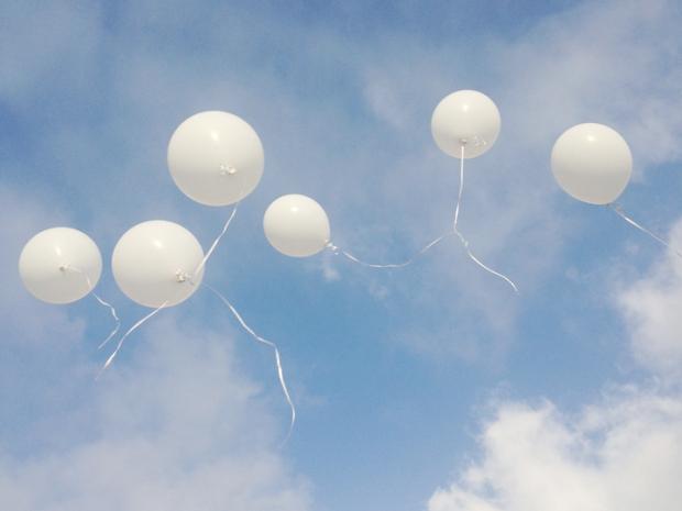 Семь белых шаров!